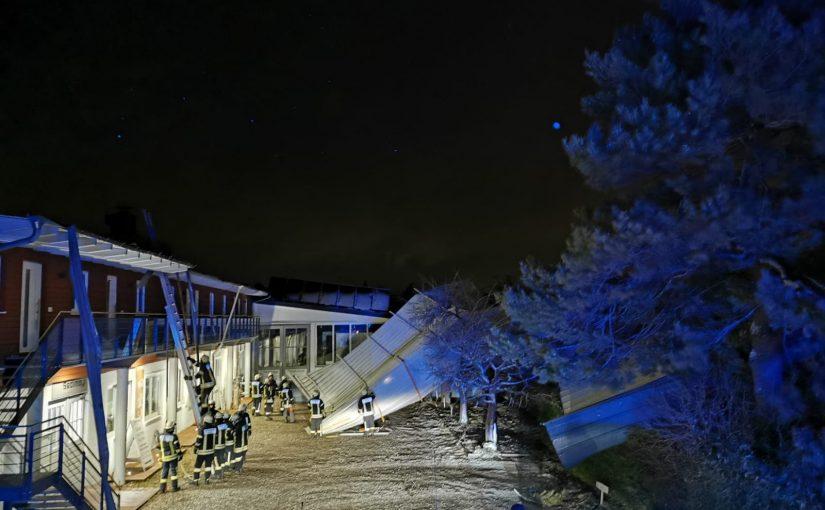 THL – Unwetter, abgedecktes Dach